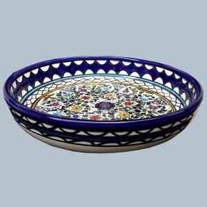 Keramikarbeit in den typischen Farben