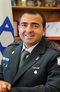 Oberst Eli Bar-On